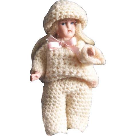 5 dollhouse dolls 5 inch dollhouse doll marked mt from mimis attic on ruby