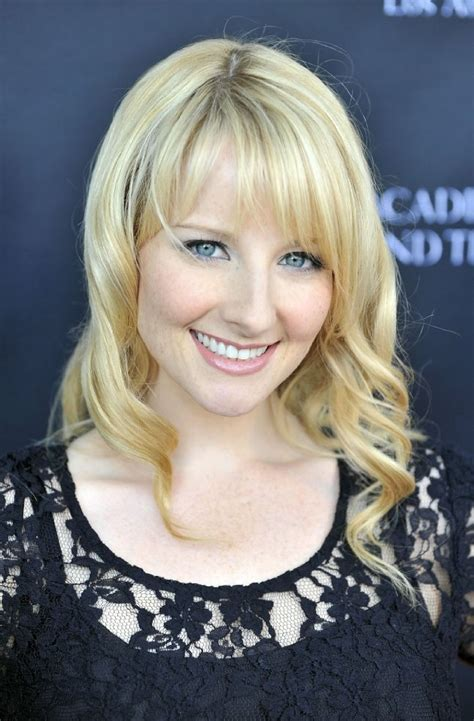 bernadette hairstyle how to melissa rauch bernadette from the big bang theory hair