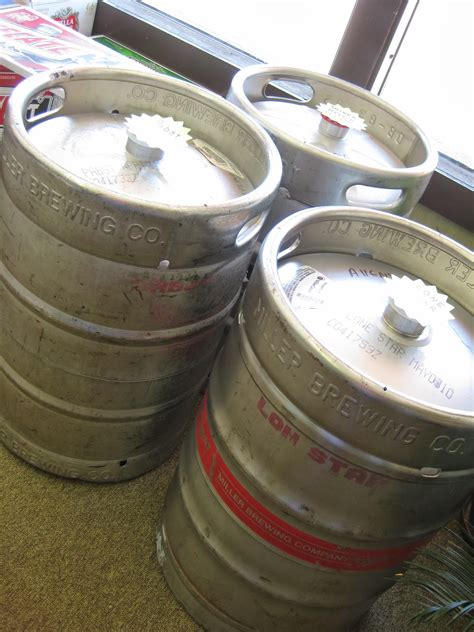 how many ounces in a keg of bud light how many beers in a keg of bud light decoratingspecial com