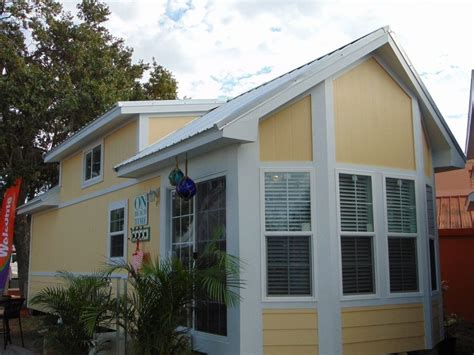 Small Homes For Rent Ta Fl Small Home In Warm Small Island Community Tiny House