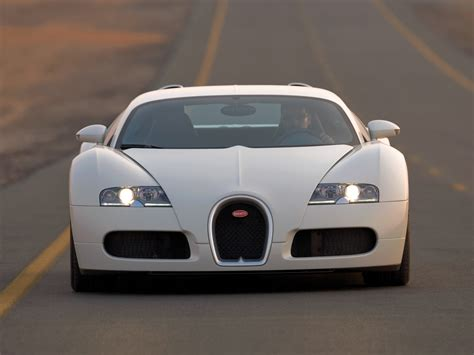 Veyron 16.4 / 1st generation / Veyron 16.4 / Bugatti / Datenbank / Carlook