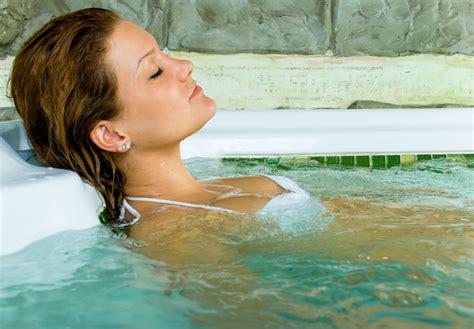 girls having sex in bathtub per per per plus 9 other tips for falling in