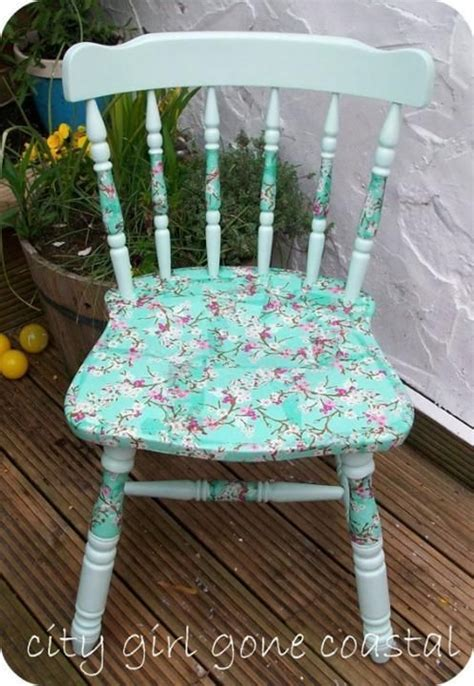 Decoupage Materials - beautiful ways to refinish wooden furniture decoupage