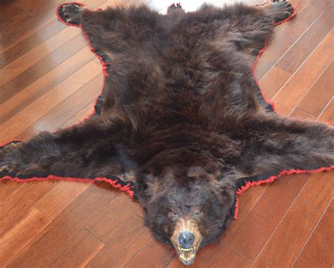 polar skin rug the skin rug is fashionable the wooden houses