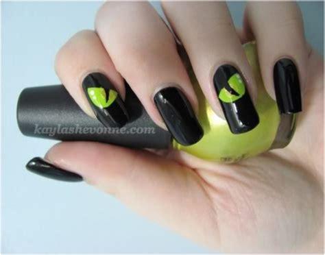 eye nail art tutorial top 10 diy halloween nail art top inspired