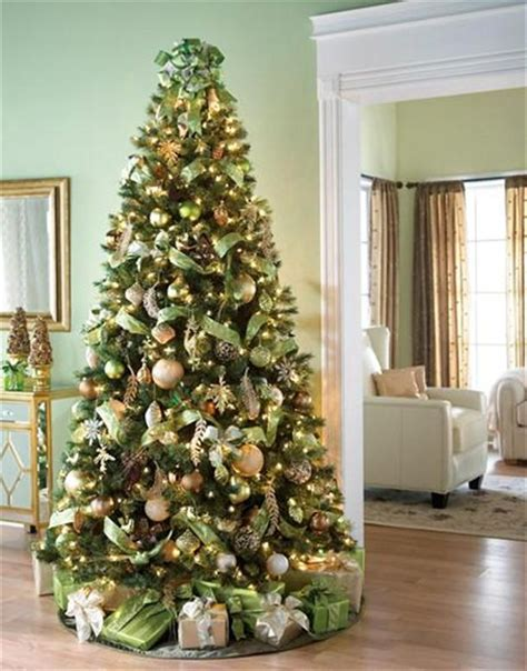 10 Tree Decoration Ideas by Mesmerizing Golden Tree Decoration