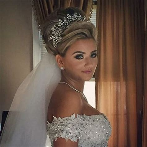 Bridal Hairstyles Half Up With Tiara by 431 Best Images About Krissy And Wedding On