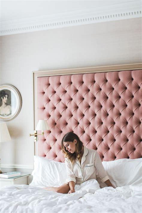 Pink Tufted Headboard Best 20 Velvet Headboard Ideas On Pinterest Tufted Headboards Diy Tufted Headboard And