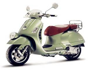 italian motor scooter and legendary italian scooter manufacturer vespa