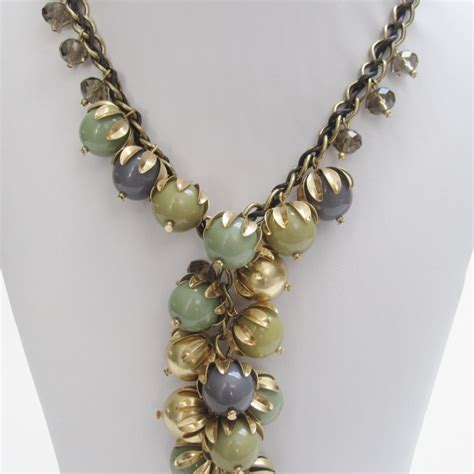 Statement Bead Cluster Necklace Fashion Accessory