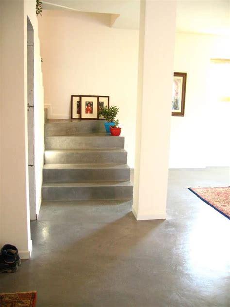 pavimenti cementizi pavimento spatolato in resina per uso residenziale