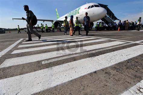 citilink di halim citilink mendarat perdana di bandara halim republika online