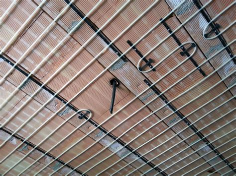 impianto radiante a soffitto impianto riscaldamento e raffrescamento a parete o soffitto