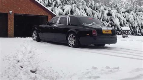 drake rolls royce snow how does a rolls royce phantom handle in the snow youtube