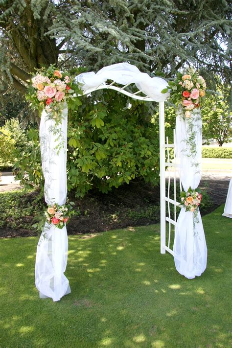 Wedding Arch Arrangement With Tulle by Ceremony Gazebo And Arbor Flowers Cf0810 Wedding Arch