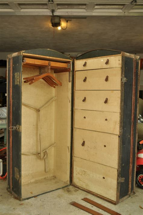 Steamer Trunks With Drawers by 17 Best Images About Steamer Trunks On
