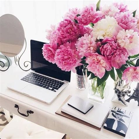 Best Flowers For Office Desk Office Inspiration Desk Inspiration Office Decor Pink Flowers Macbook Designer Office