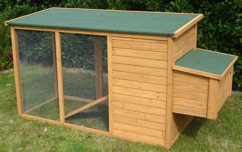 small backyard chicken coops small backyard chicken coop chicken coop pinterest