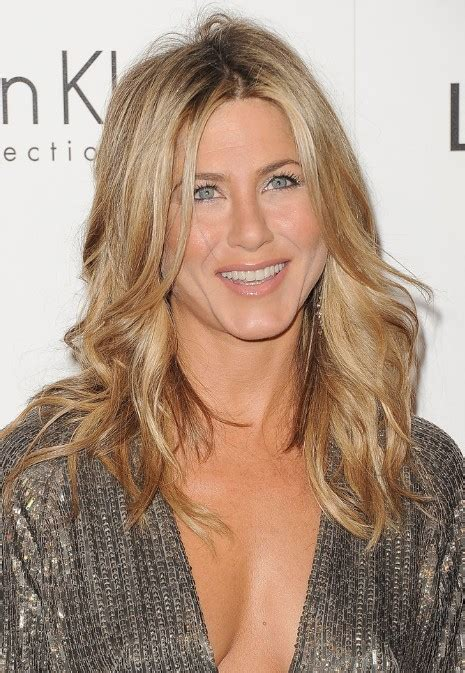 jennifer aniston long hairstyles popular haircuts jennifer aniston long wavy hairstyle hairstyles weekly