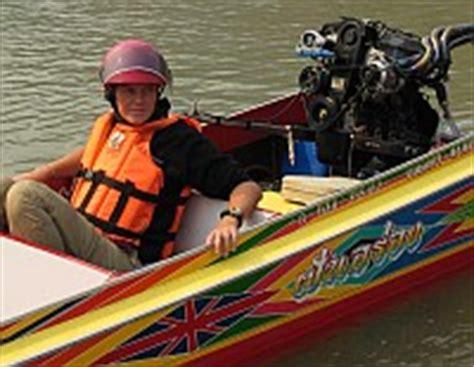 uitrusting speedboot 05 03 2004 speedboot naar luang prabang