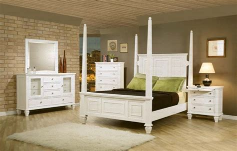 6 Piece Sandy Beach Bedroom Set With Poster Bed In White Beachy Bedroom Furniture