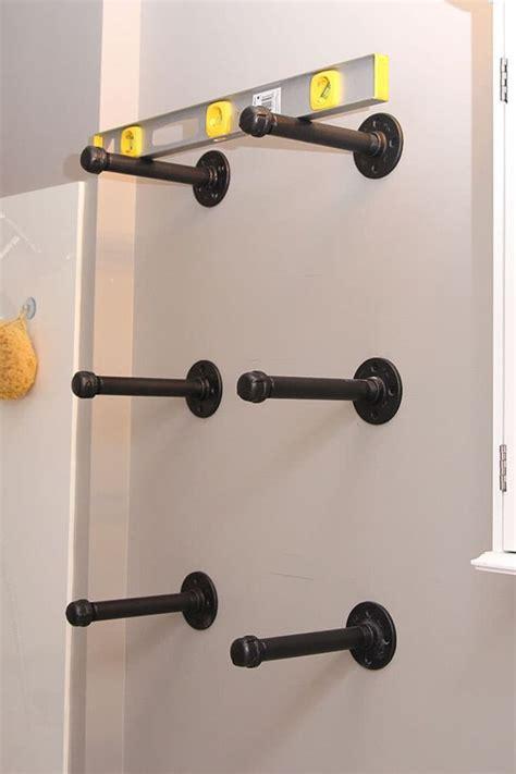 badezimmer regal industrial bauen sie ihr eigenes industrial regal mit r 246 hren tipps
