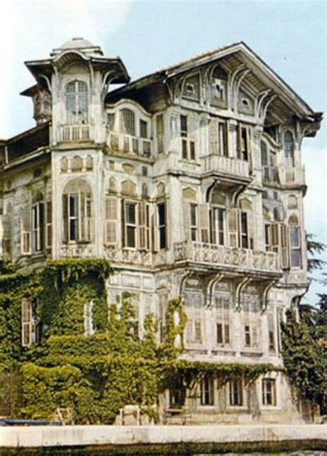 victorian mansions huge victorian mansion houses victorians pinterest