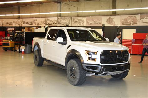 Ford F 150 Raptor 2017 by 2017 Ford F 150 Raptor Makes 450 Hp At 16 Mpg