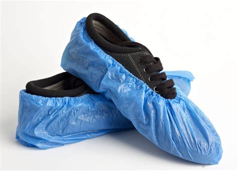 shoe covers package of 50 disposable shoe covers no skid