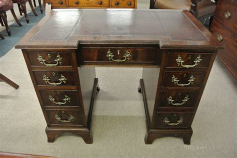 desk 39 inches wide 19th c 9 drawer mahogany desk antiques atlas