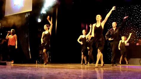 who is black girl dancing on cruise ship commercial dancing performance on cruise ship carnival splendor youtube