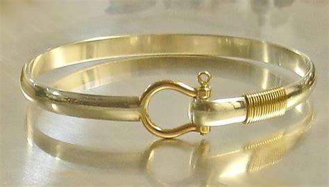sterling silver 14kt gold shackle bracelet picture of