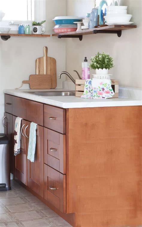 Diy Updates For Your Laminate Countertops Without Replacing Them Update Your Countertops Without Replacing Them My Wee Abode