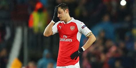 barcelona ozil ozil we have to fight arseblog news the arsenal news site