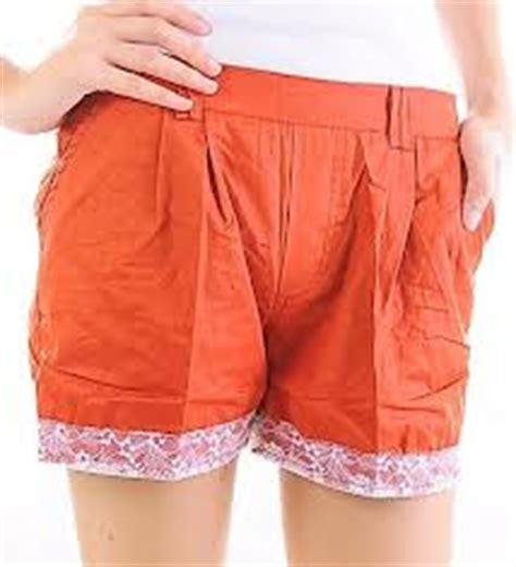 Celana Jins Jin Pendek Wanita 1 model celana pendek wanita terbaru