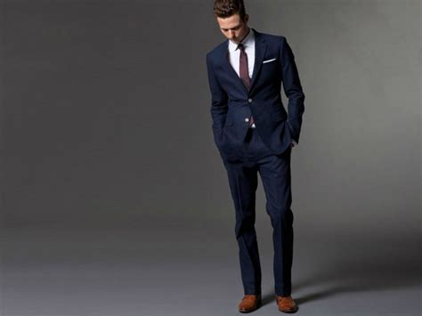 Blazer Pria Casual Jas Pria Non Formal Neckbrow the 4 best shirts to wear with a navy suit the idle