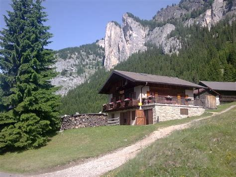 ta bed and breakfast bed and breakfast ta ciajaa pozza di fassa trento