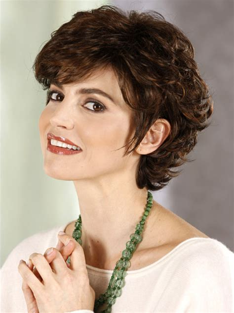 fabulous short hair styles fabulous short hairstyles for round faces curly hair