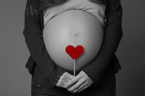 themes for pregnancy pictures valentines day gift ideas for pregnant women the milk