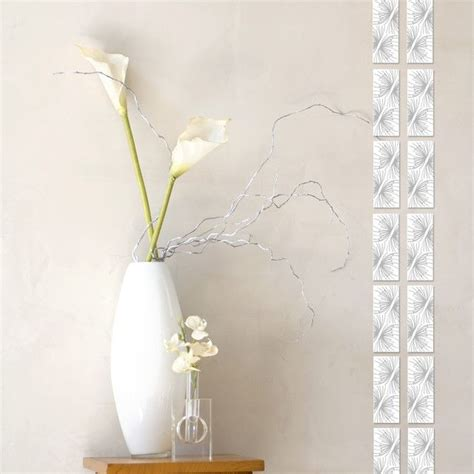Flowers In White Vase by Eye Catching Vase Arrangements That Tickle Your Fancy
