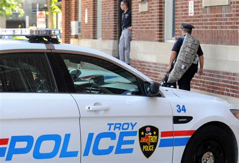 Troy Ny Arrest Records No Drugs Found At Where 15 Year Black Honors Student Was K