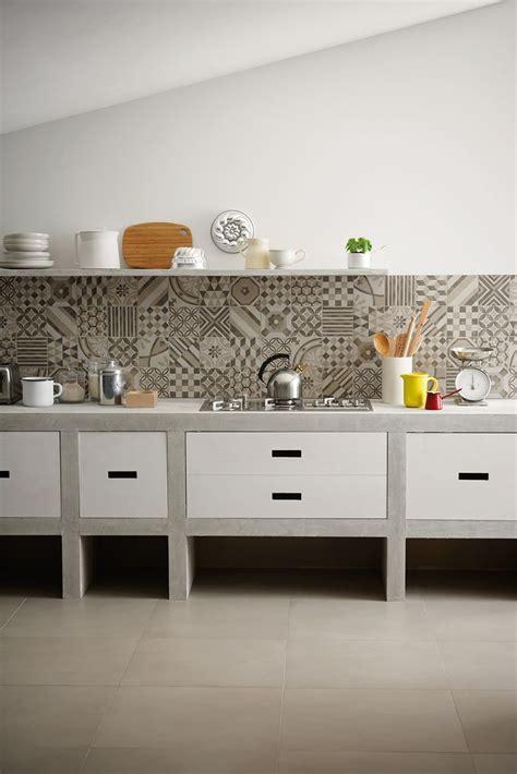 piastrelle rivestimento cucina patchwork di piastrelle