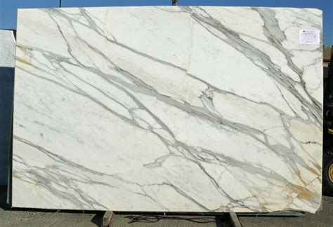 Marble And Granite Slabs The Difference Between Carrara Calacatta Marble