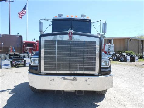 kenworth t800 high hood for sale used 2005 kenworth t800 wide hood tandem axle daycab for