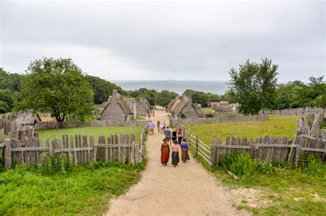 where is the plymouth colony plymouth ma and the true thanksgiving story