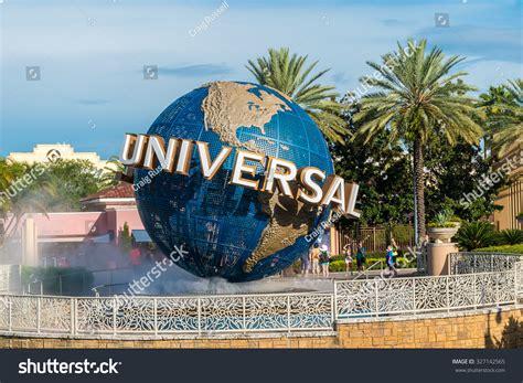 theme park universal studios orlando usa august 27 2015 universal stock photo 327142565