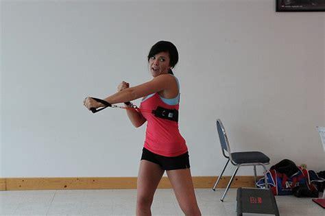 fare pesi a casa allenamento con i manubri mondobenessereblog