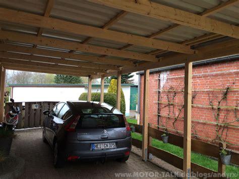 carport streichen und zur rechten seite der nachbar neues carport