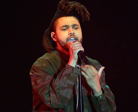 the weeknd songs on hit the floor the weeknd performs hit single i can t feel my live