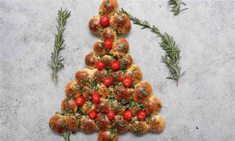 best pull apart christmas tree tree pull apart pizza bread recipe with tipbuzz